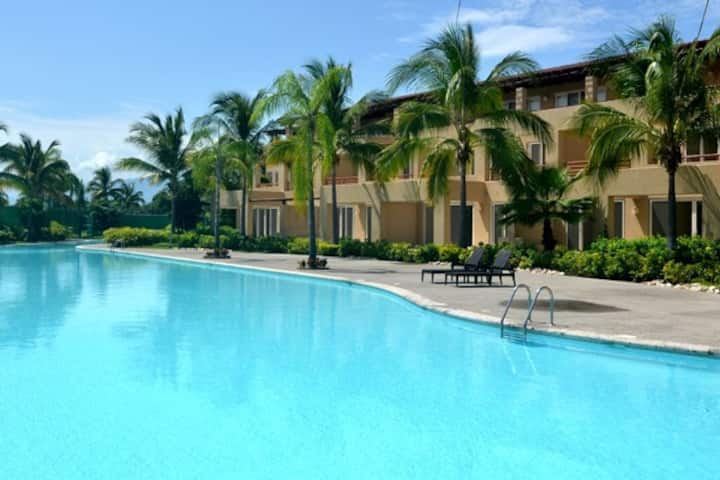 Top Rated, El Tigre Golf, 1 BR, Best Location