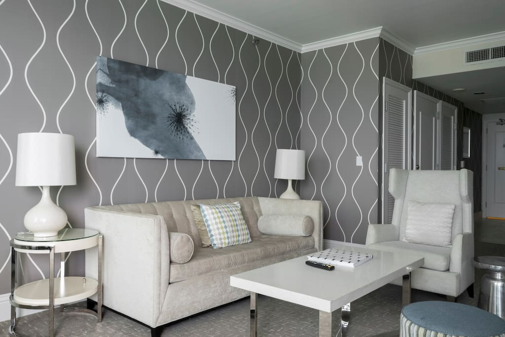 Fontainebleau Tresor Tower 2 Bedroom 36floor Apartments For Rent In Miami Beach Florida