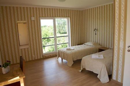 Suure-Jaani Guesthouse - Suure-Jaani - Bed & Breakfast