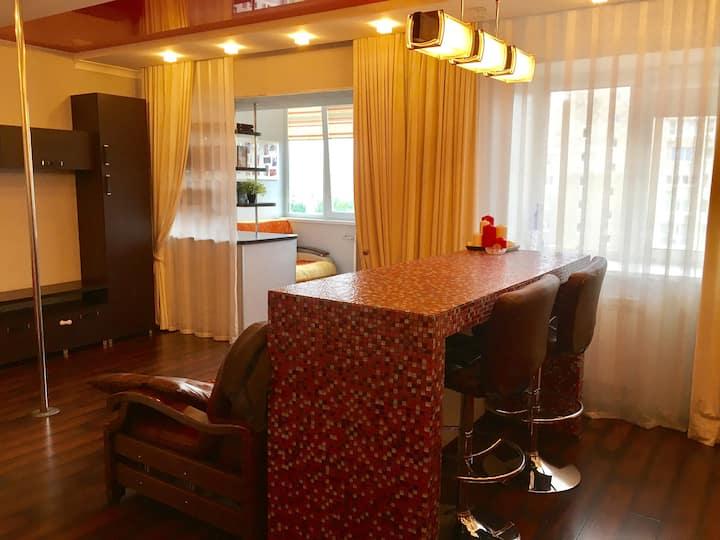 Тольятти. Уютные апартаменты  50 кв.м. 18 квартал.