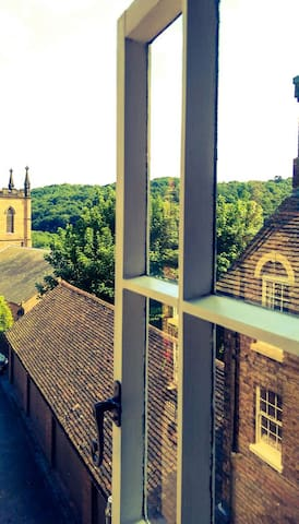 Church Hill valley room. Ironbridge Guest House. - Ironbridge - Bed & Breakfast