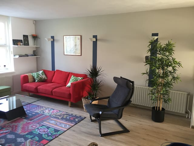 Apartment nearby Amsterdam and Schiphol Airport.