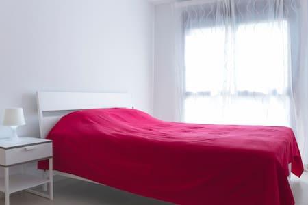 Новая квартира 2 спальни 2 ванные. - Apartamento
