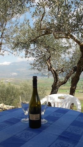 Nature, Culture, Gastronomy and amazing views. - Capestrano - Ev