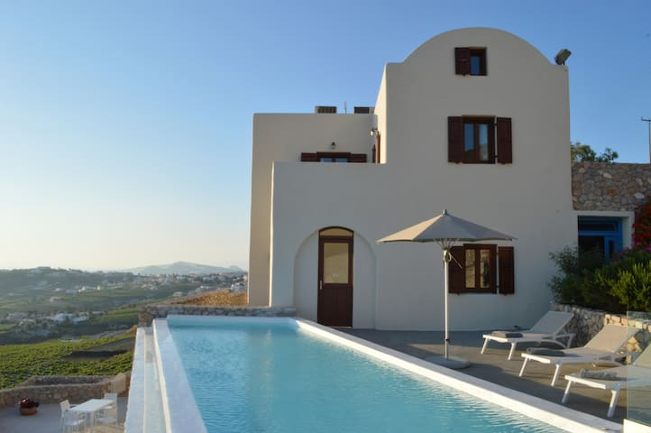 Christiana Villa (Sea View) - Πύργος Καλλίστης - House
