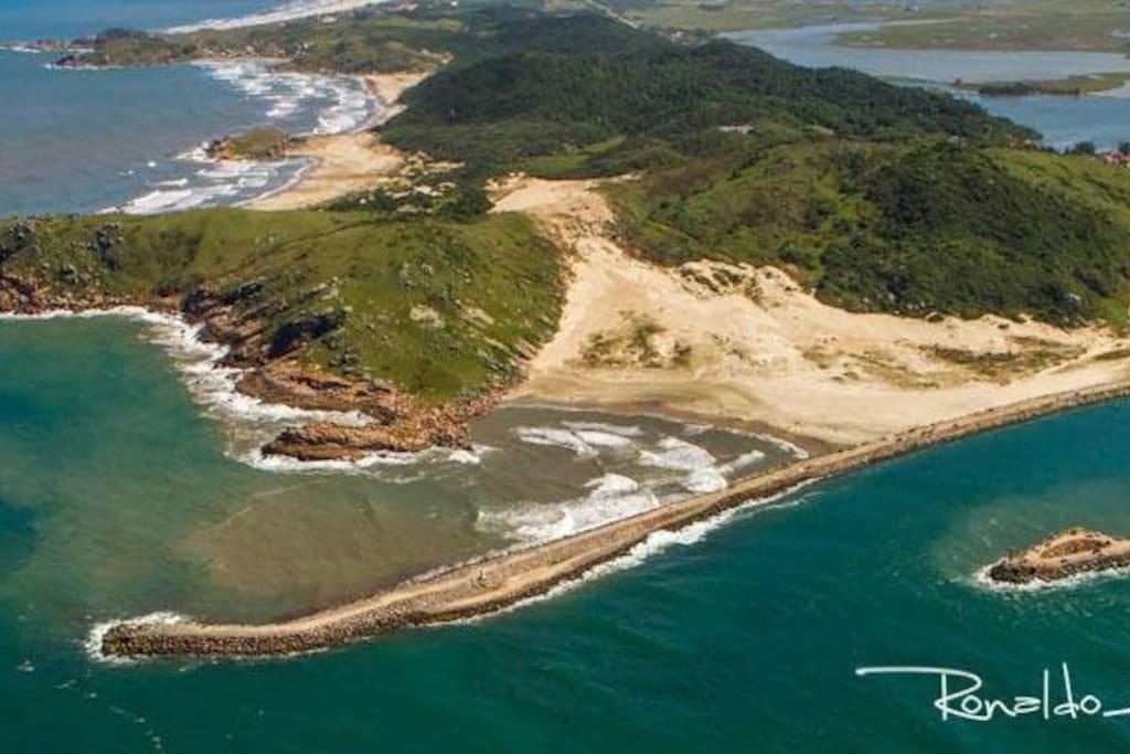 13 praias com acesso maximo de 30 minutos.Laguna SC