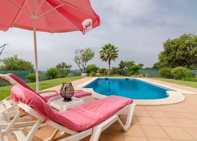 J&B BREAKFAST1 stunning sea views! - Albufeira - Bed & Breakfast