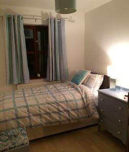 Buxton Spa - Single Room with Views - Buxton