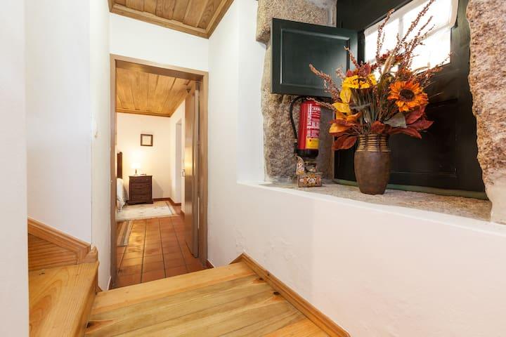 Soajo Casa de Campo (PNPG) - Soajo - Huis