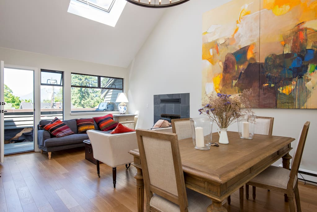 Vaulted ceiling with Huge skylight.