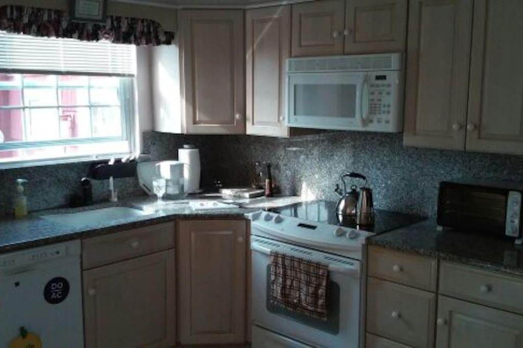 Granite Counter tops Renovated Full Kitchen
