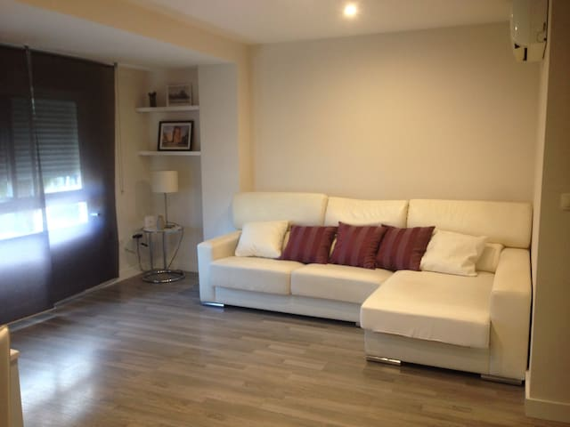 Bonito piso zonaT.Serrano.Wi-fi ,AC