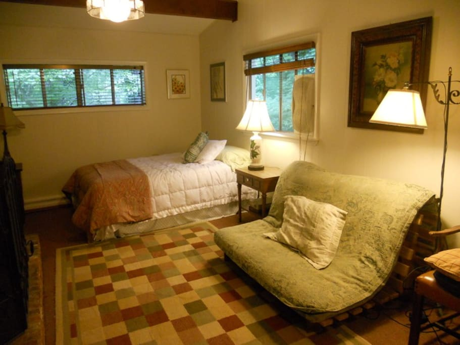 Lovely Peaceful Mountain Retreat Guest Suites For Rent In Asheville North Carolina United