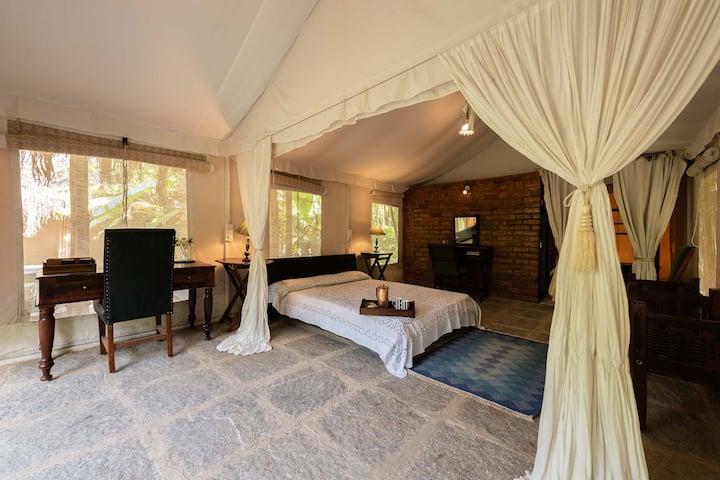 Luxurious Tent Room@Captain's Bungalow Chikmagalur