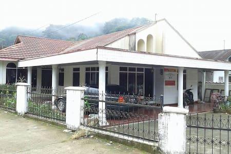kompphil - Kabupaten Agam - Haus