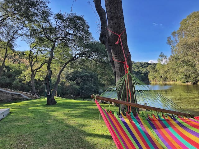 Camping Del Lago & Kayak // Buda Glamping