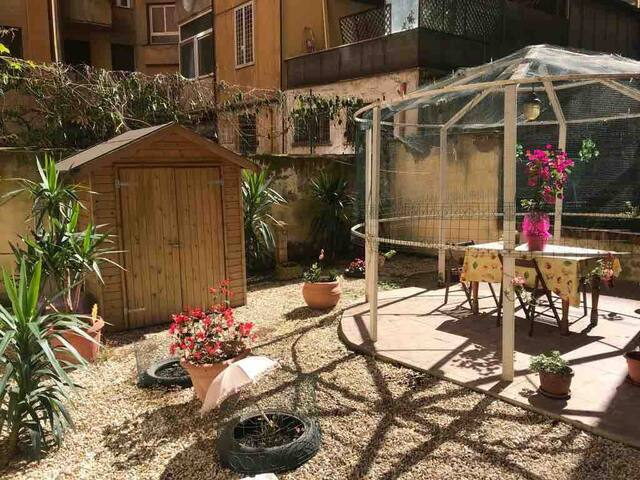 Apartment with GARDEN near COLOSSEUM and TERMINI