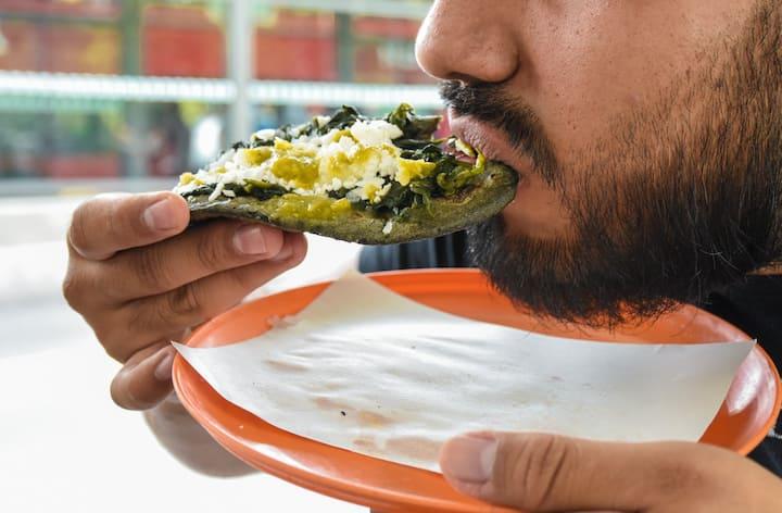Try staple Mexico Citiy street food
