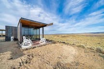 Luxury cabin at Gorge Amphitheatre & Cave B Winery