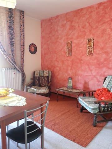 Appartamento indipendente nel centro storico - Sulmona - Casa