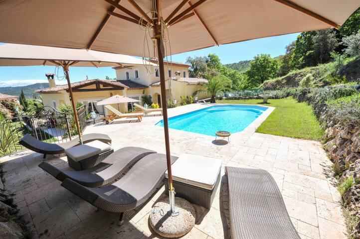 Villa entre Cannes et Fréjus Lac de Saint-Cassien
