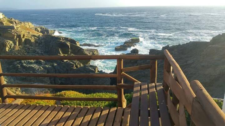Amplia y encantadora casa frente al mar.