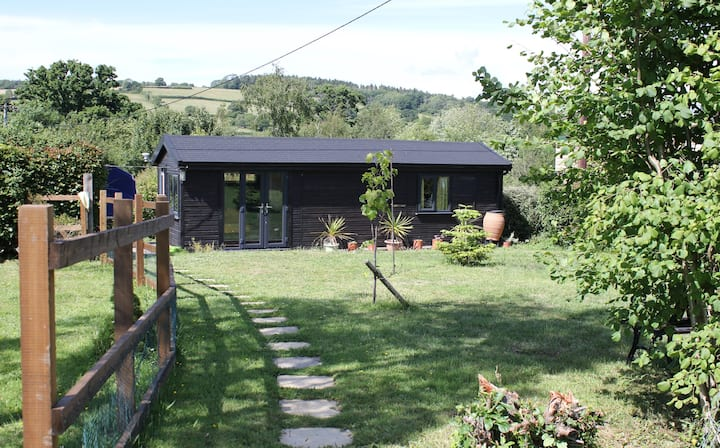 Peaceful Dorset Chalet