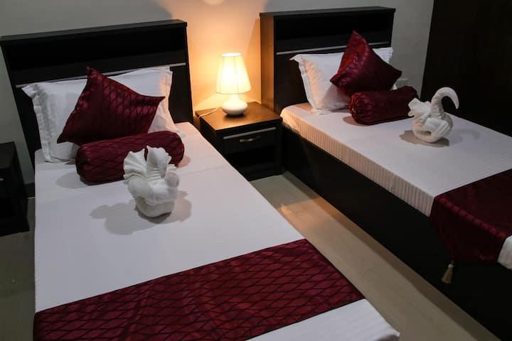Dulli Twin Bed Room