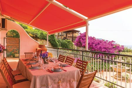 "Room-Breakfast ""Giulia"" in Cilento - Santa Maria di Castellabate (SA)"