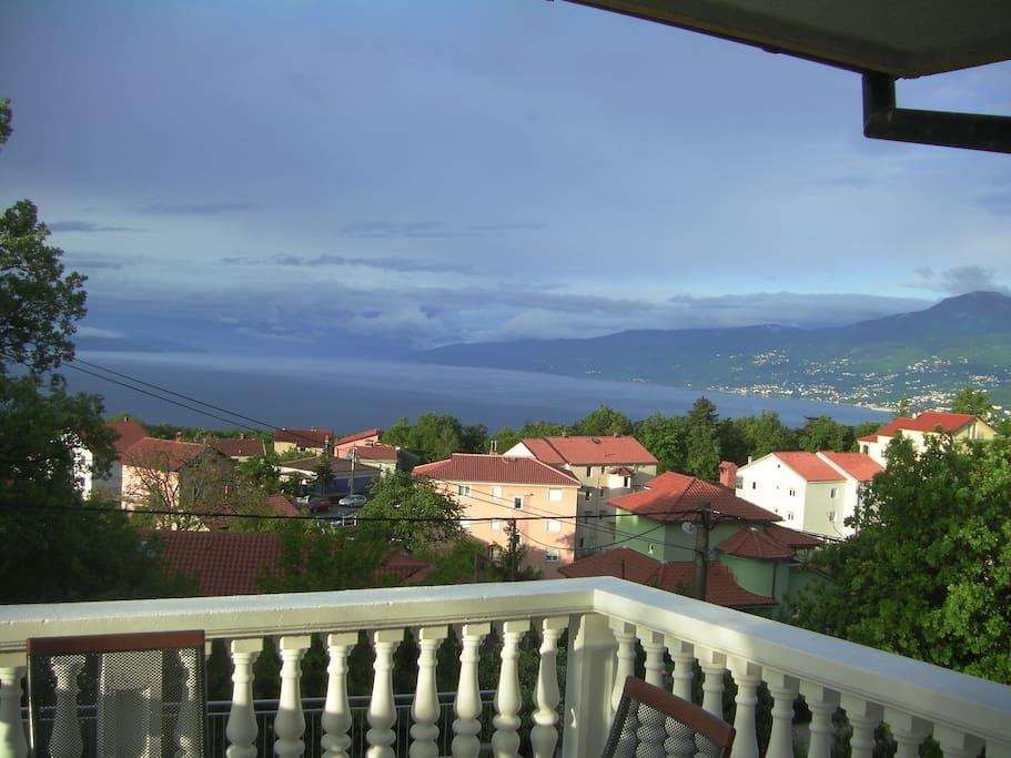 Pogled s balkona 2