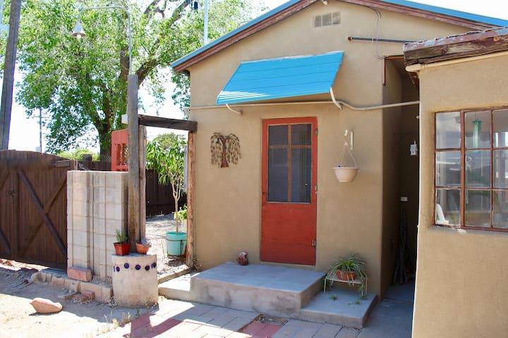 Studio House Near Downtown Albuquerque New Mexico