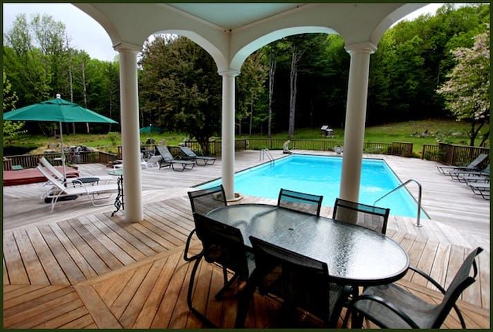 Master Suite in Luxury B&B /pool - Woodstock - Bed & Breakfast