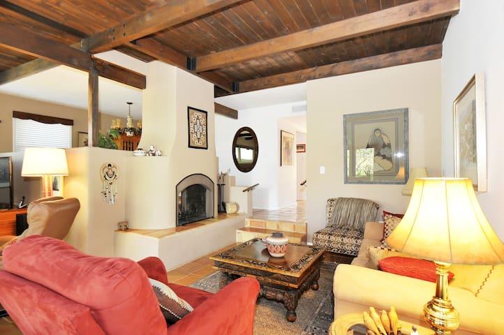 Casa Ramona: Serenity & Style - Santa Fe - House