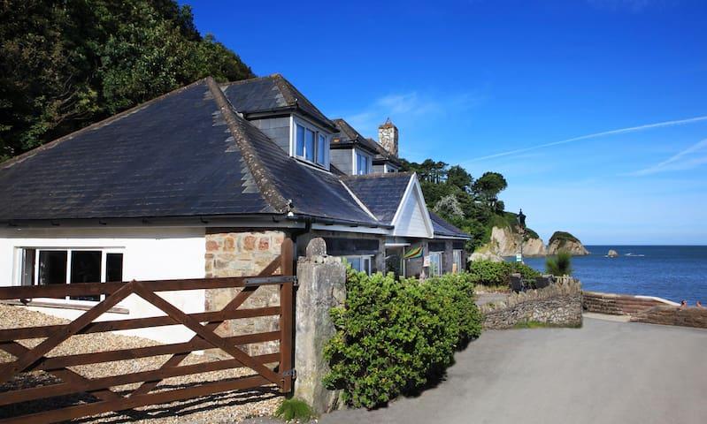 Beach House - Ilfracombe
