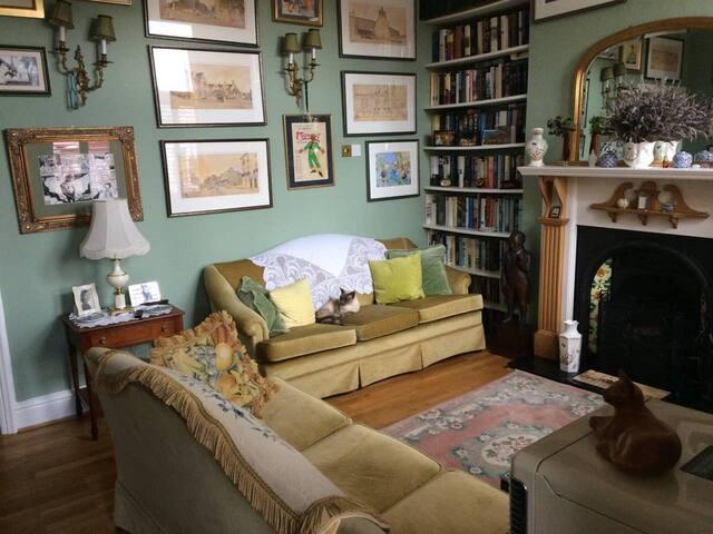 comfy edwardian home