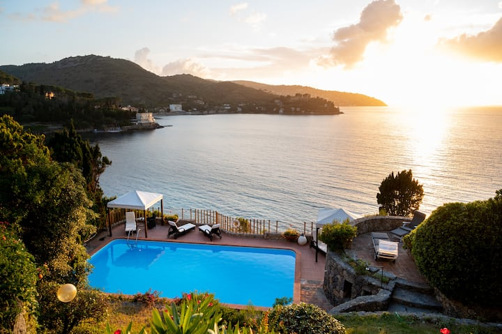 Monte Argentario, house with pool and great view