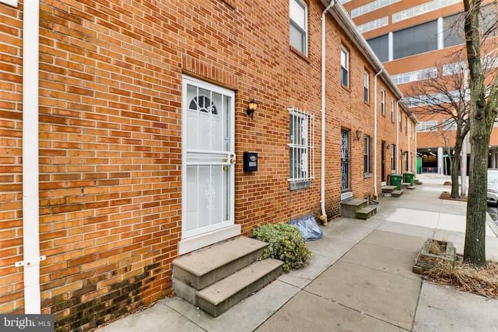 Three bedroom home across from Johns Hopkins!