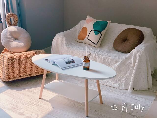 七月 July · 拾光  怀旧CD公寓 市中心苏宁广场