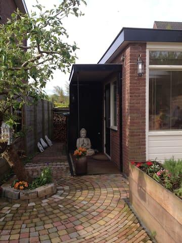 Cosy Studio Lakeside Spiegelplas - Nederhorst den Berg - Stuga