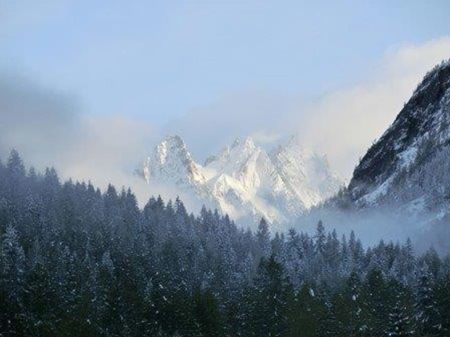 Magnifique vue sur les aiguilles de Chamonix