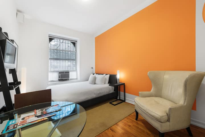 Cute Upper East Side Studio in Great Location