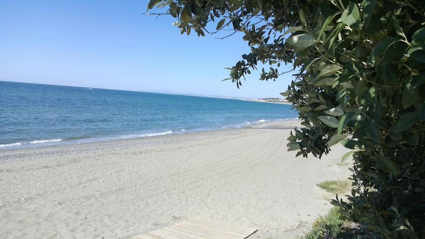 Ideal for families or two couples - Estepona - Casa