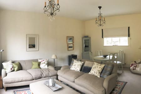 Beautifully furnished Annex in the Malvern Hills