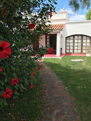 Casa en Punta del Este, cerca de todas las playas!