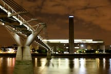 Short walk to the Tate Modern gallery and across the river to St Paul's Cathedral