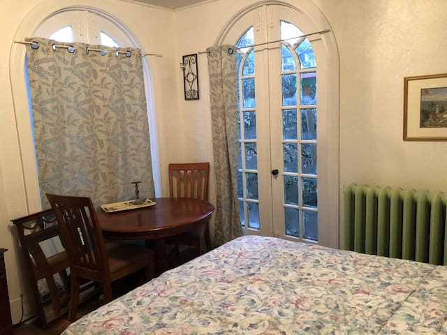 Bedroom side 1