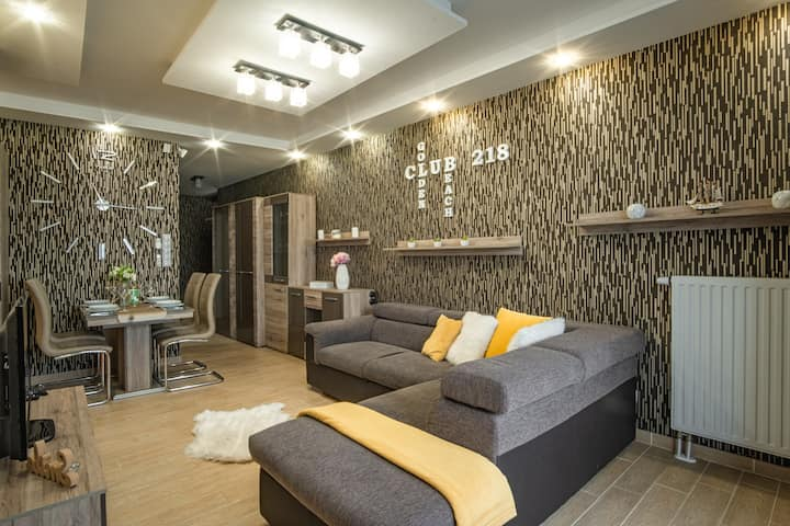 Golden Beach Apartment  - full panorama | wellness
