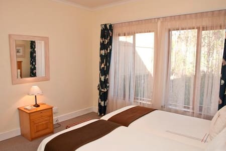Compact Living on Golf Estate 2 Bed - Knysna