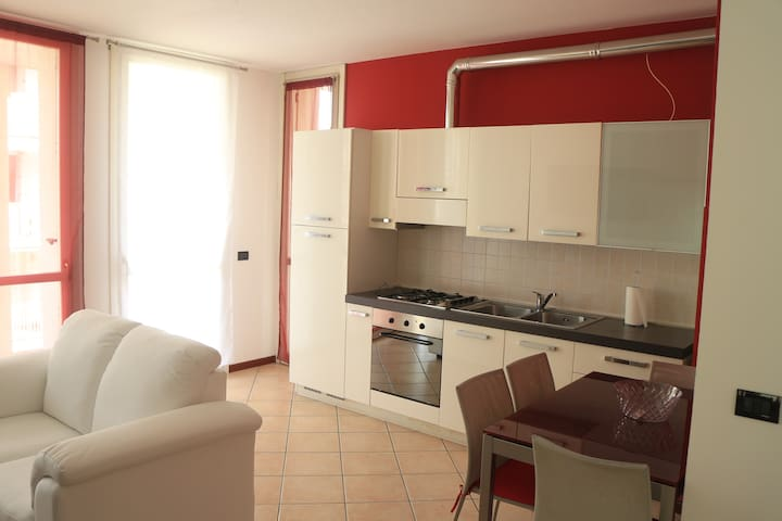 bright apartment near Malpensa/Expo - Gallarate - Apartamento