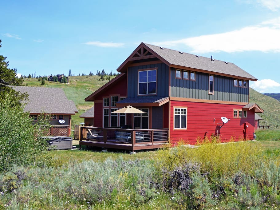 Soak in the sun on your huge private deck & watch the wildlife walk by!
